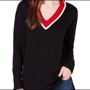 Madison Jules V-neck tunic sweater